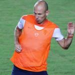 Robben Tolak Fokuskan Diri Pada Messi Saja