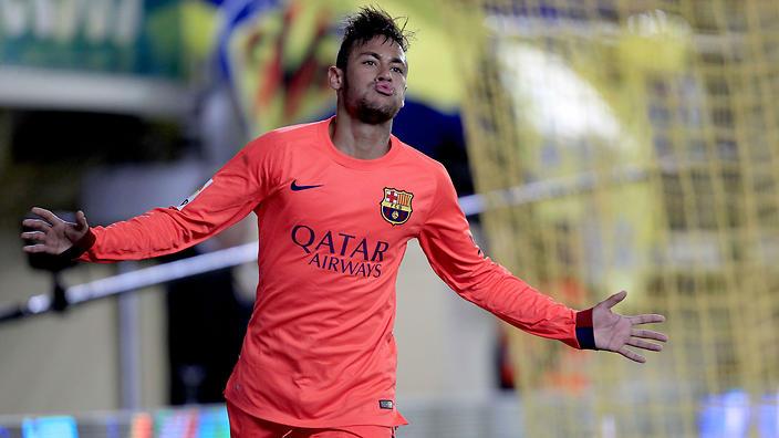 Neymar rayakan gol