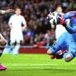 Kalakan Arsenal, Fabianski Naik Darah