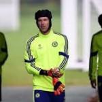 Amstrong: Sebaiknya Chelsea Tak Lepas Cech ke Klub Lain