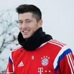 Klopp Coba Bajak Robert Lewandowski dari Bayern
