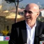 Sacchi Ungkapkan Akibat Merosotnya Kedua Milan