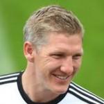 Lahm Beri Penghormatan buat Schweinsteiger