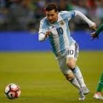 Ini Alasan Messi Batal Gantung Sepatu