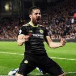 Neville Sarankan Chelsea Tidak Lepas Fabregas