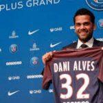 Alves Minta Maaf Atas Penolakan Tawaran Dari Pep