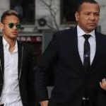 Sang Ayah Ternyata Minta Neymar Bertahan di Barca