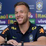 Arthur Akui Senang Bisa Main Bareng Messi