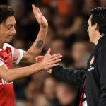 Emery Tak Begitu Pikirkan Soal Isu Hengkangnya Ozil