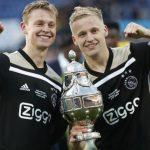 De Jong Sarankan De Beek Bertahan di Ajax